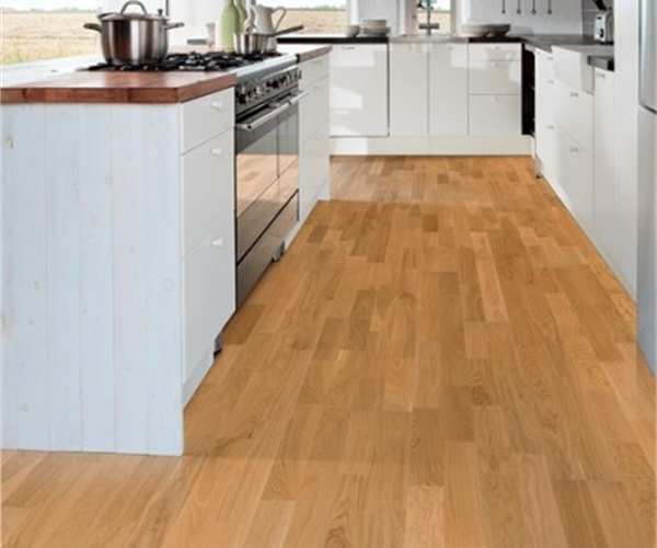 Kahrs Oak Verona Satin Lacquered